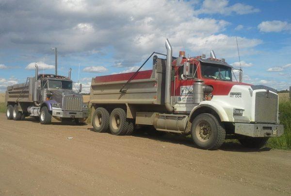 Tandem-Dump-Trucks